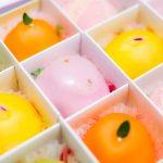 敬老の日のプレゼントの和菓子~おばあちゃんに喜ばれるスイーツと花のセットも
