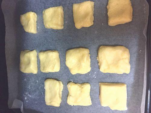 スコーンの作り方 スコーン生地をオーブンで焼く